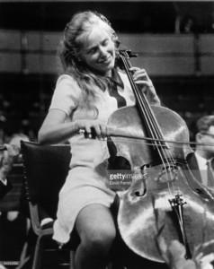 jacqueline-du-pre-238x300 12 Famous Cellists Throughout History